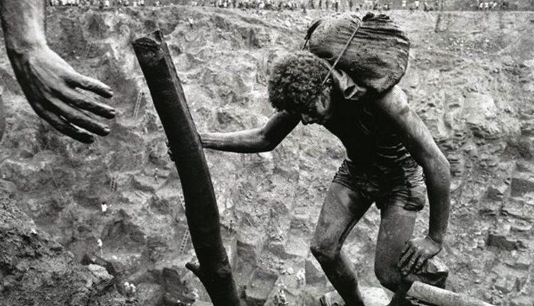 استخراج معدن در سراپلادا، برزیل 1968- عکاس: سباستیانو سالگادو