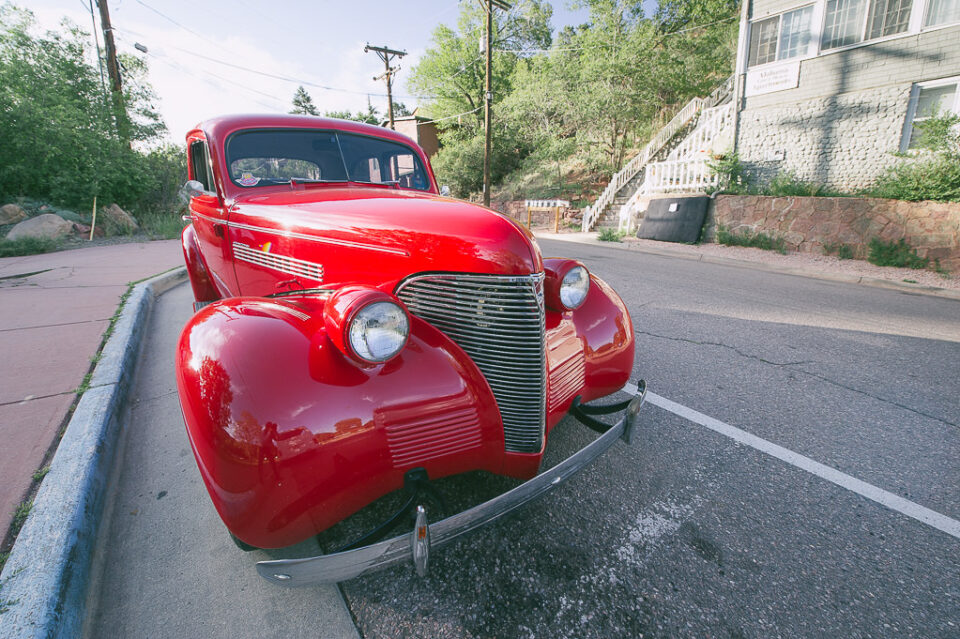 ماشین قرمز / اعوجاج پرسپکتیو